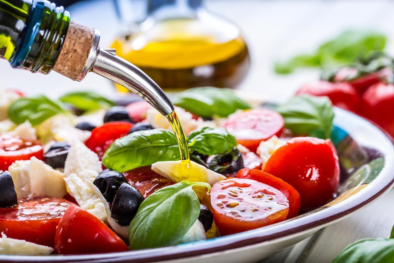 ¿Cómo es la pirámide de la Dieta Mediterránea?