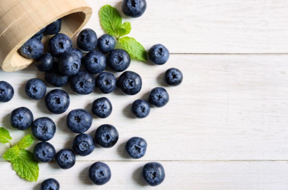 Las 5 frutas más antioxidantes para incluir en tu día a día