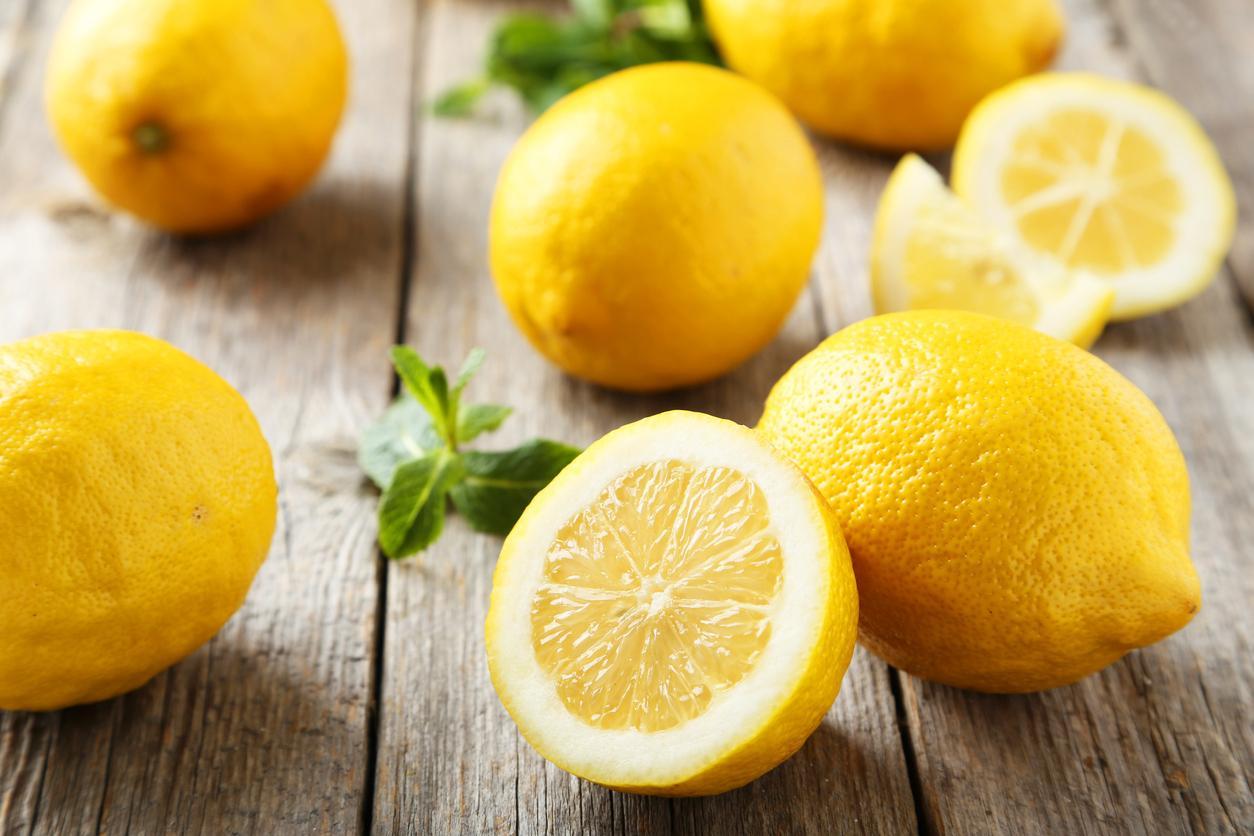 ¿Qué vitaminas tiene el limón?